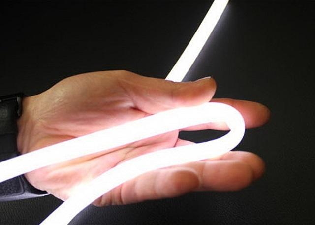 Светодиодные гибкие трубки обладают различными оттенками излучаемого света, поэтому из представленного ассортимента есть возможность выбрать тот, который больше подойдет к конкретному интерьеру.